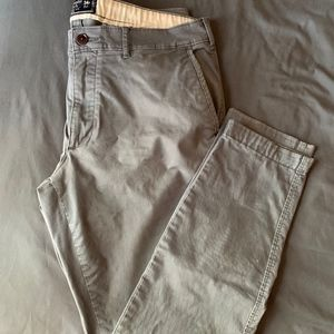Abercrombie and Fitch Felix Super Skinny Chino